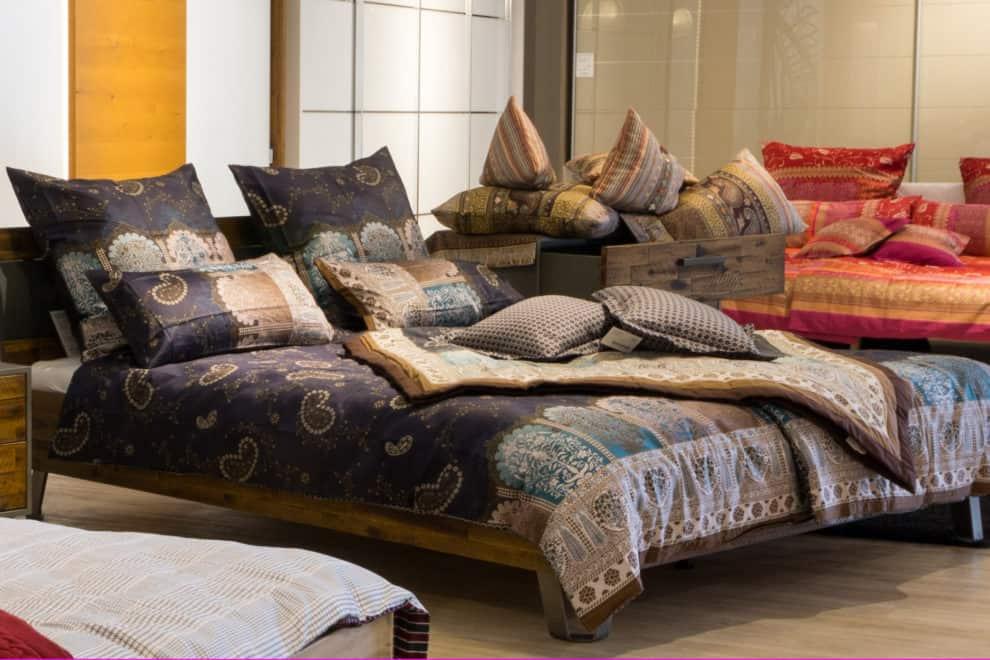 Decken, Kissen & Bettwäsche